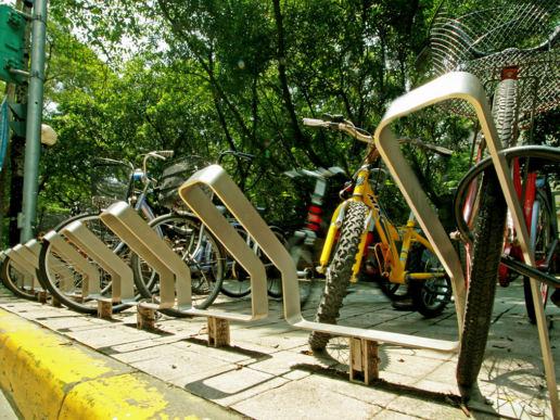 Cityplushk - 台北城市街道傢俱 - 不鏽鋼單車泊架